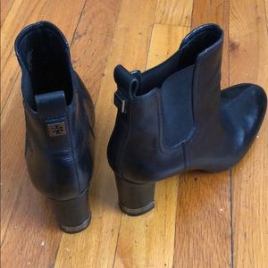 Tori Burch black boots